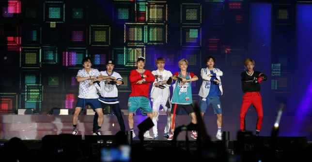 10-popular-kpop-boy-groups-2020