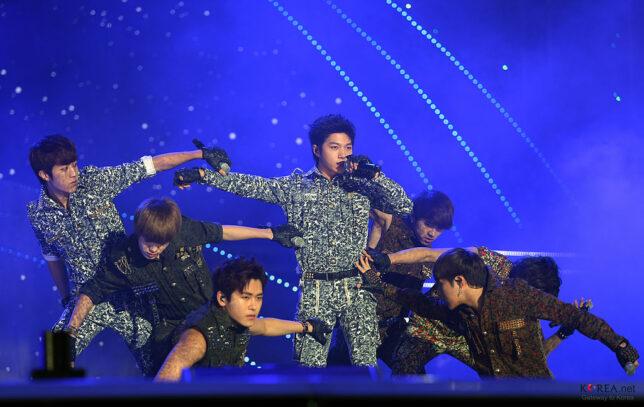 5-popular-kpop-boy-groups-2020
