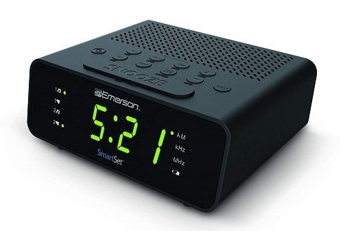 Top 10 Best Portable Clock Radios In 2020